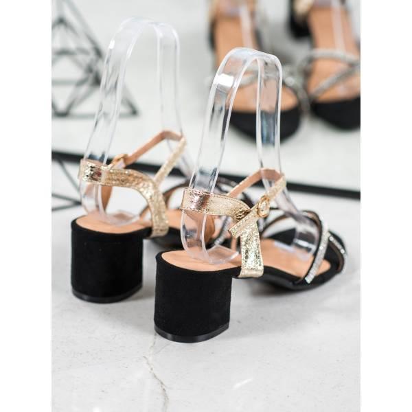 SMALL SWAN дамски сандали с нисък ток