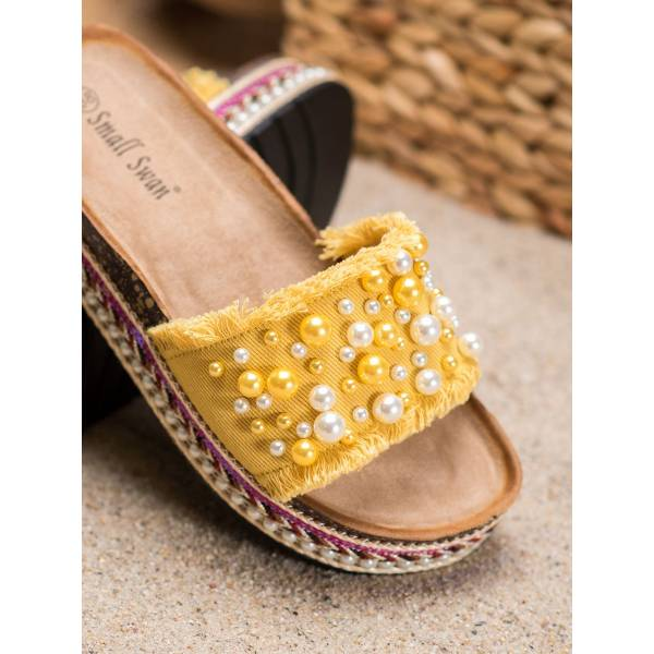 SMALL SWAN дамски чехли с декоративни перли